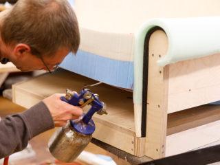 Einblick: Die Herstellung eines Sofas