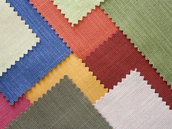 Stoffmuster in verschiedenen Farben