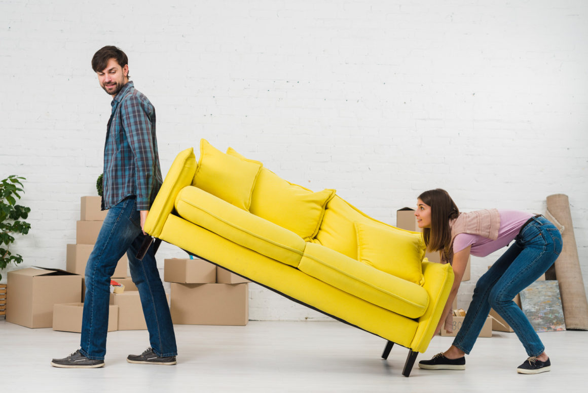 Die großen 5 Farben für Sofas, die gut zu dir passen.